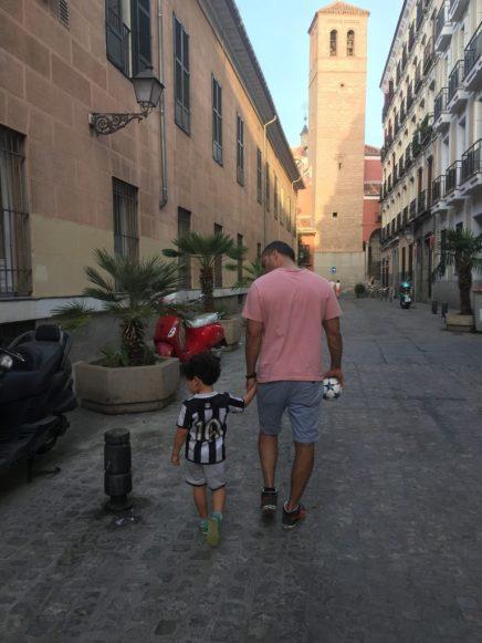 La Latina Madri com criança