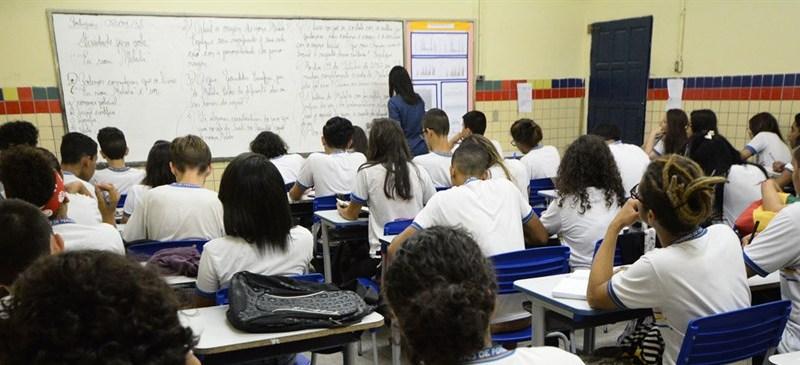 Resultado de imagem para escola de tempo integral pernambuco