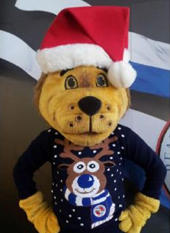 Reading FC's Christmas Jumper now available... (1/3)