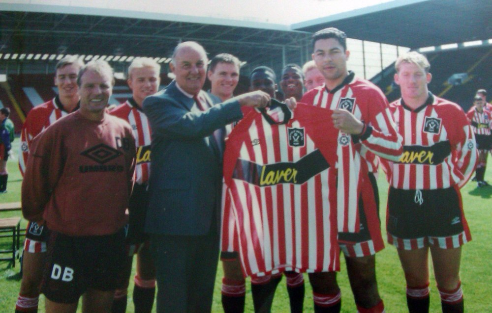 NEAR POST - SHEFFIELD UNITED: THE ARNOLD LAVER YEARS (1/6)