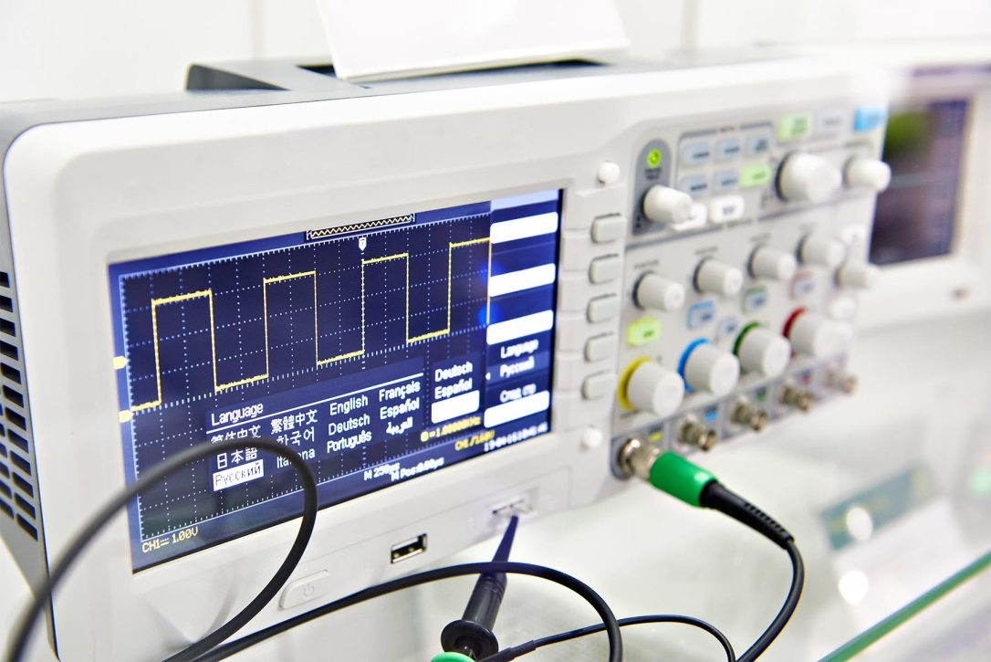 Digital oscilloscope-1