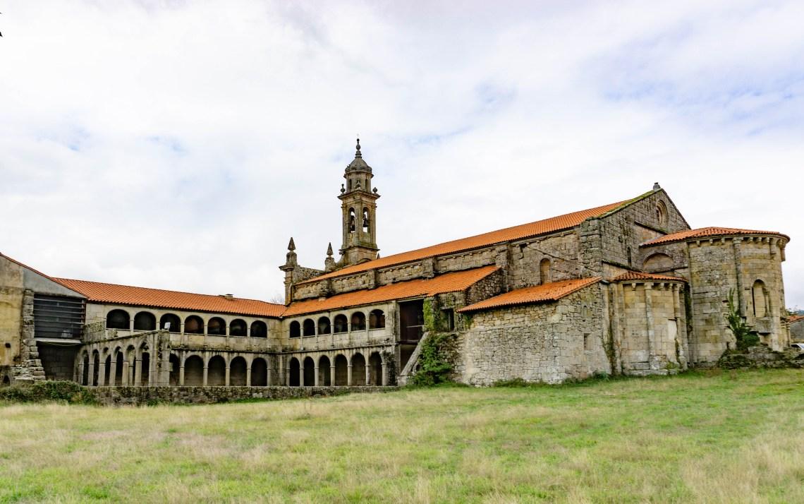 monasterio-de-santa-maria-de-xunqueira-de-espadañedo
