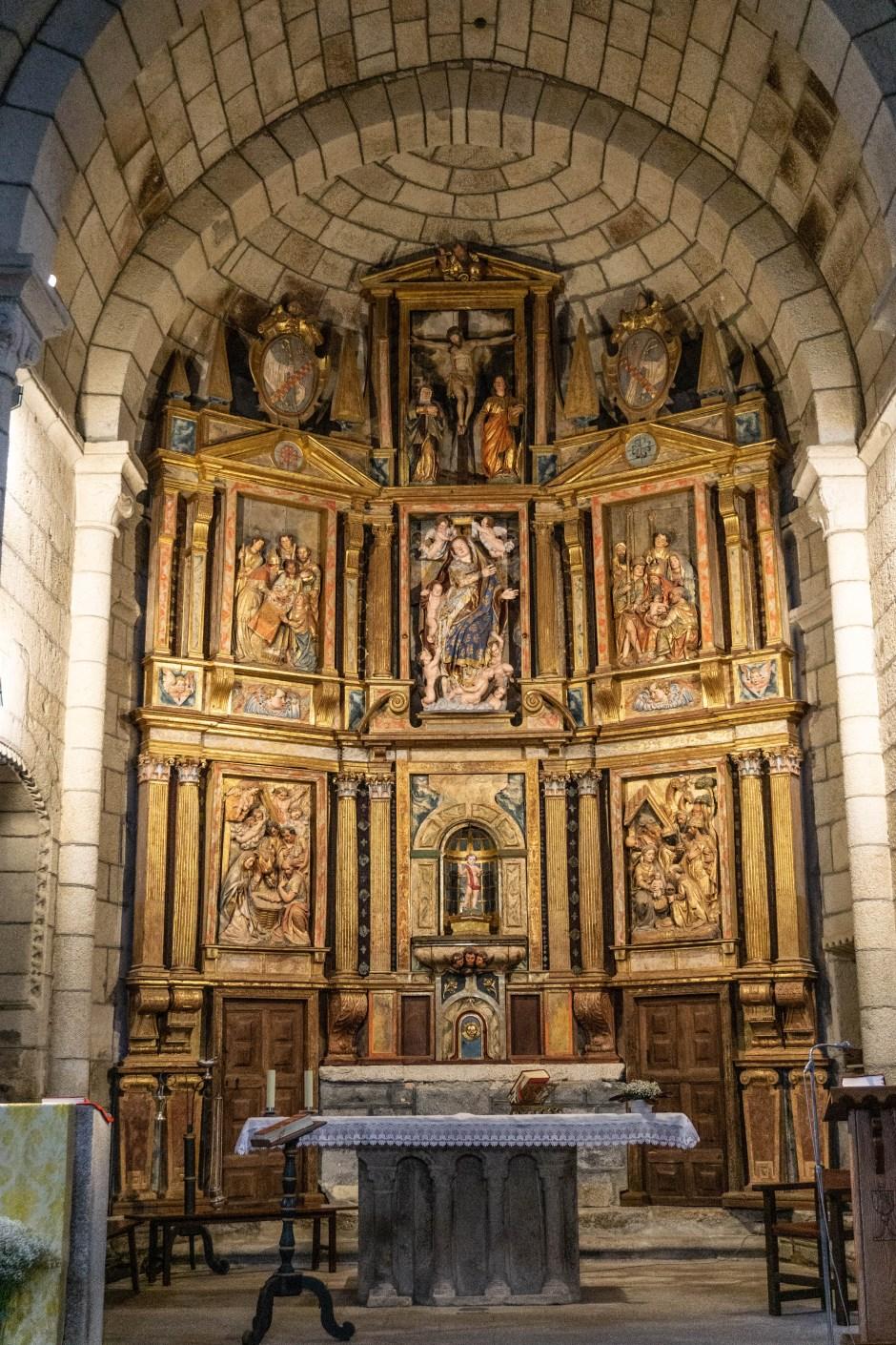 retablo-de-santa-maria-de-xunqueira-de-espadañedo
