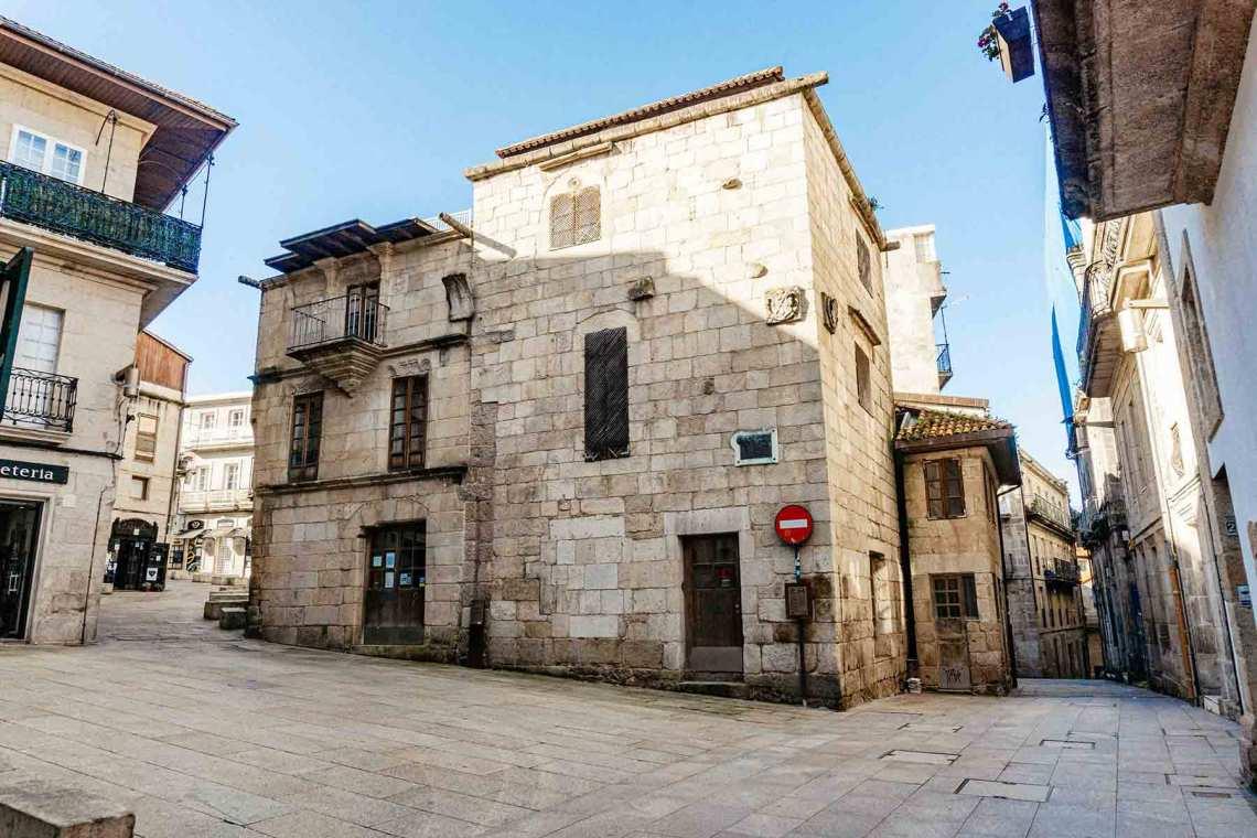 Praza de Almeida (Vigo)