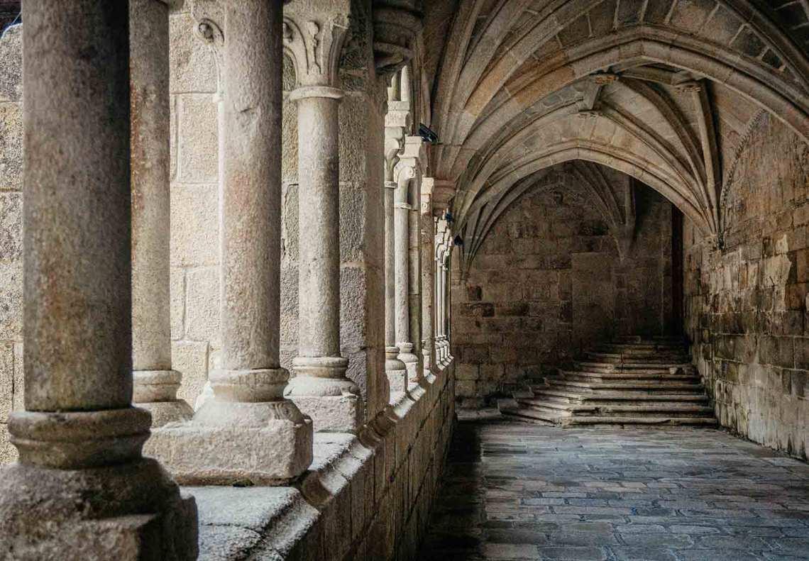 Interior del Monasterio de Santo Estevo de Ribas de Sil