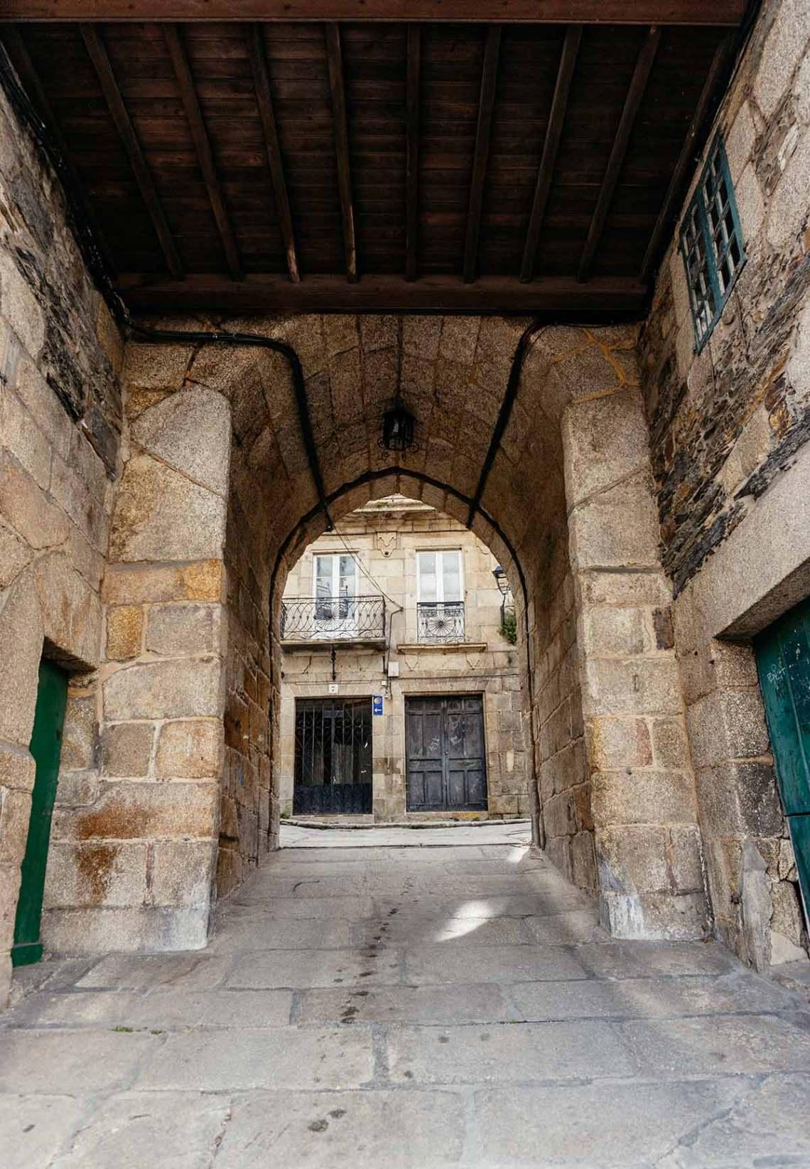 Porta da Ponte Vella (BETANZOS)