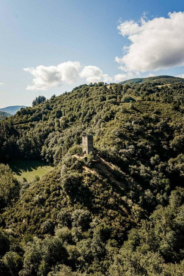 Torre de Doncos (As Nogais, Lugo)