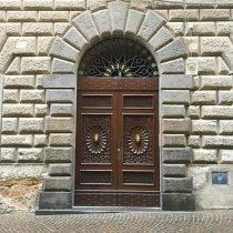 The Doorways of Orvieto: A Photo Essay