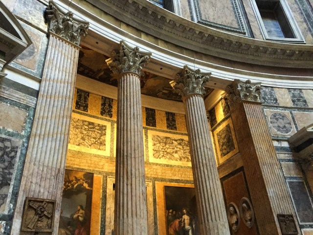 Columns and chapels in the Pantheon