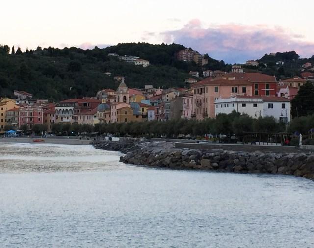 The neighboring town of San Terenzo