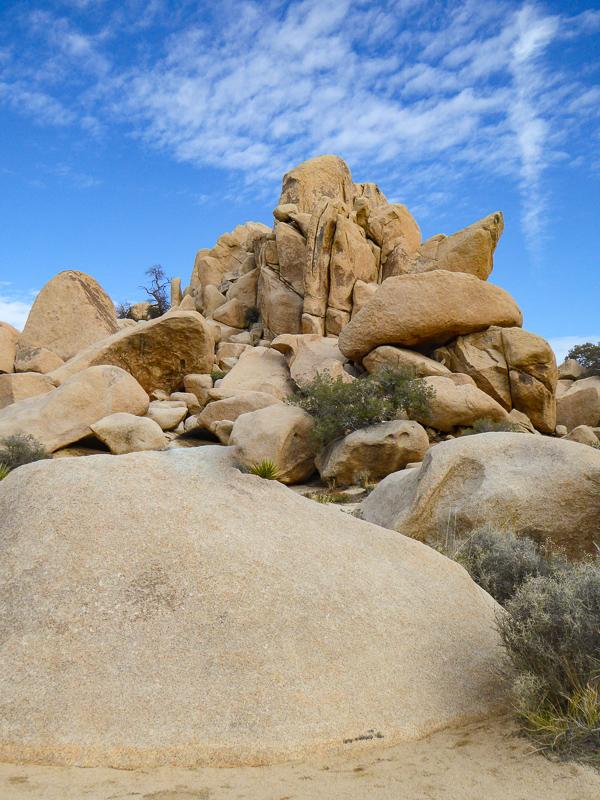 Boulders in Joshua Tree NP in Southern California