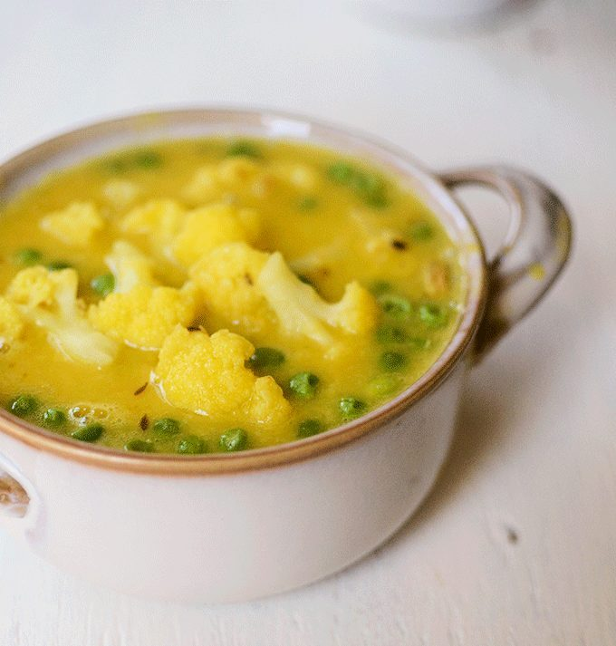 Moong dal with cauliflower and peas recipe