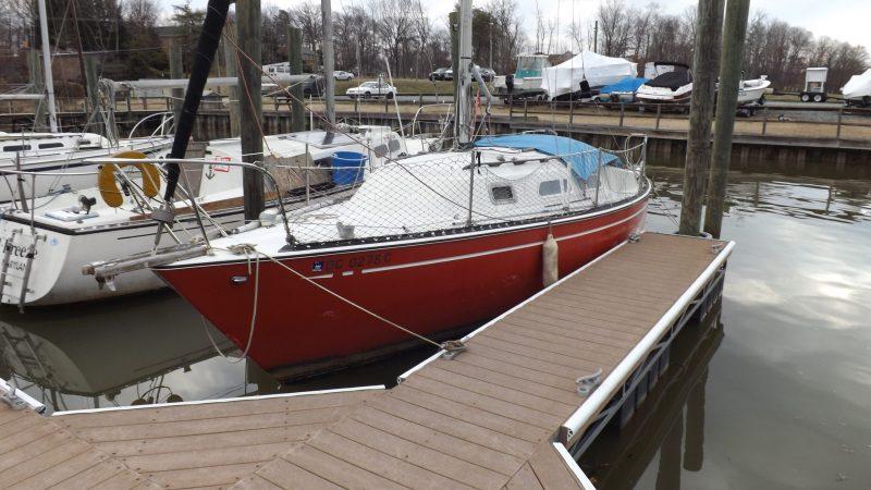 PY 26 Paceship Sailboat