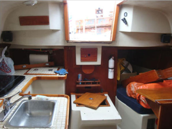 Galley and Quarter Berth of the 1979 Irwin 30 Competition