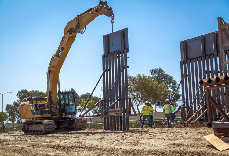New border wall construction