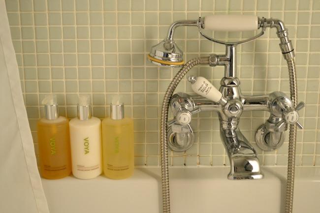 bathroom-woollen-grange