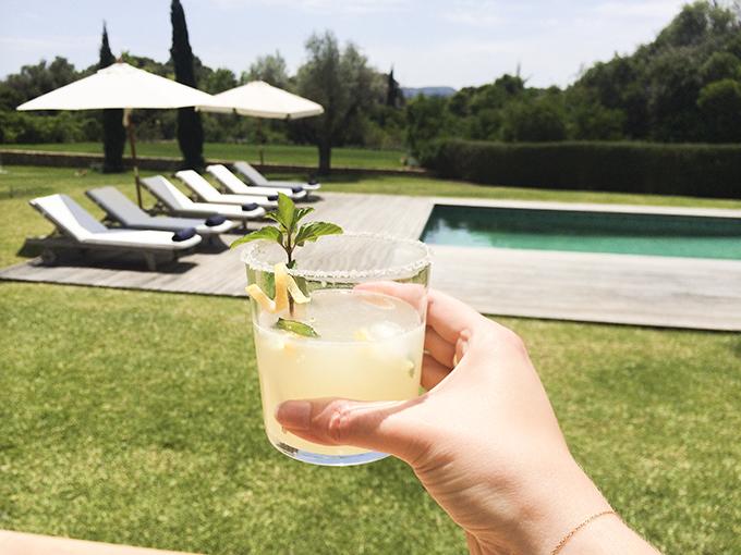 lemonade-by-the-pool