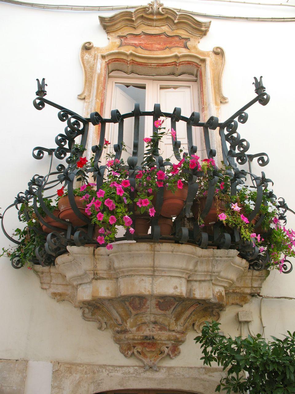 35 Worlds Most Beautiful Balconies
