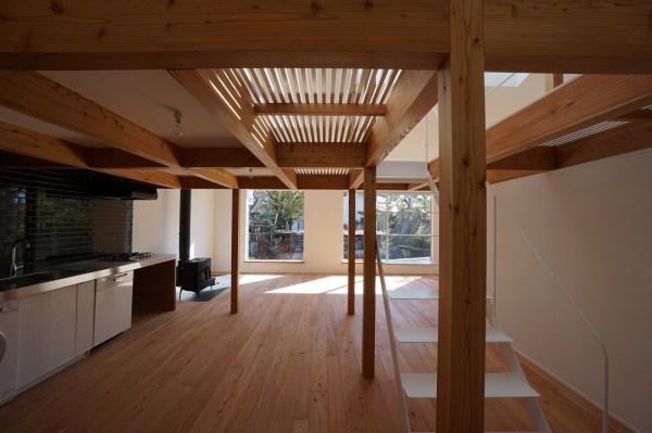 Minimal House In Japan With Huge Dormer