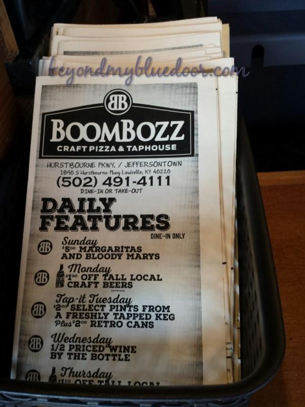 pizza, football, Boom Bozz, game food