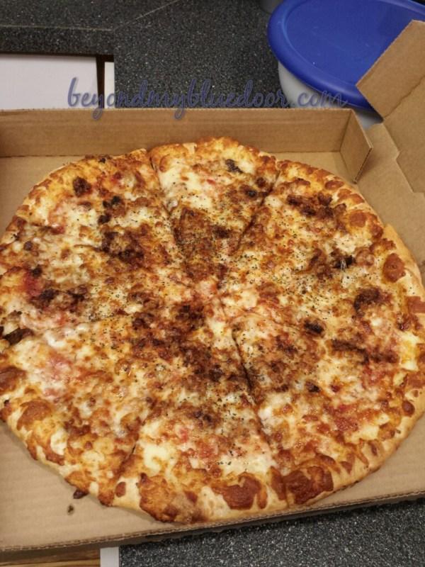 Pizza, favorite food, football, game food