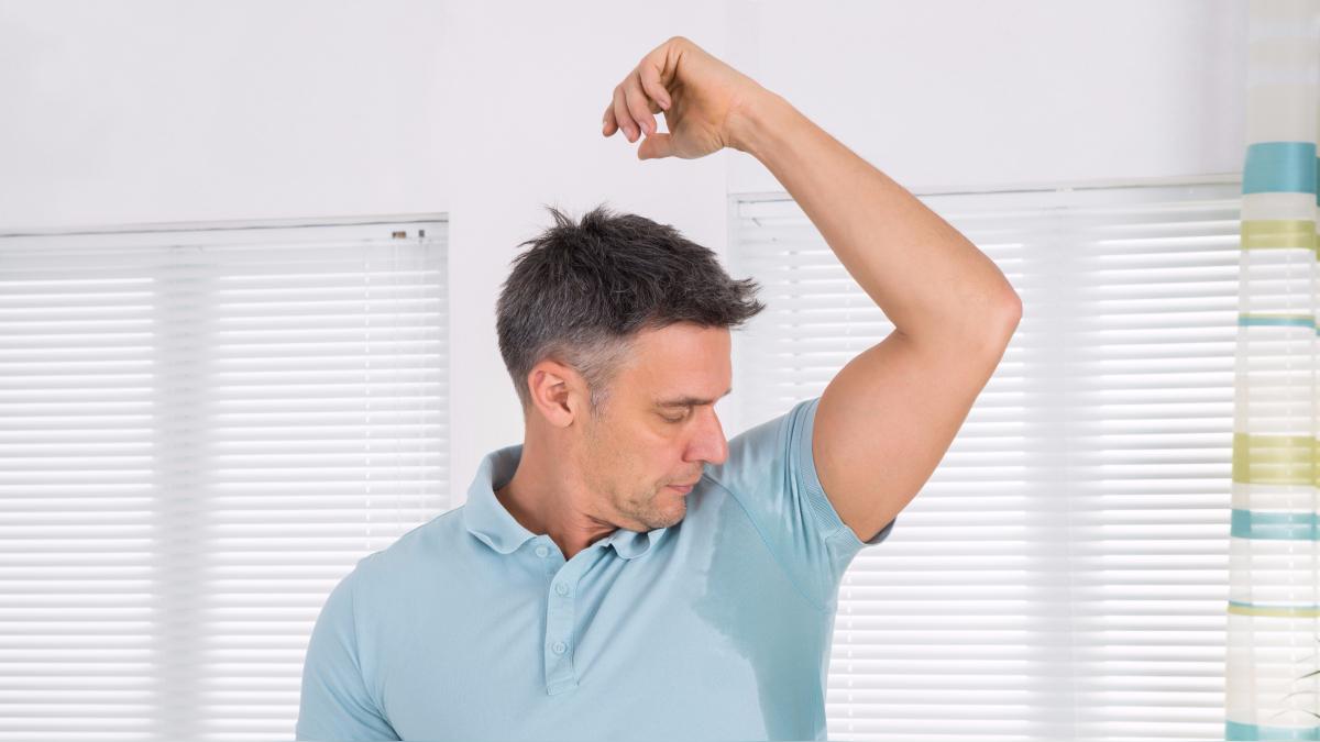 Recomendaciones útiles para no sudar por la axila