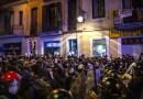 Violentas protestas por la detención del rapero Pablo Hasél y acusaciones de brutalidad policial sacuden Cataluña por quinto día