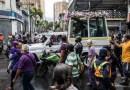Cientos de feligreses acompañan el paso del Nazareno de San Pablo por el oeste de Caracas