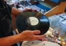 ¿Es cierto que la música se escucha mejor en un disco de vinilo que en 'streaming'? Un ingeniero de sonido y productor nos responde