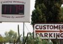 El suelo está tan caliente que puede ocasionar quemaduras, advierten médicos mientras una ola de calor récord abrasa varios estados de EE.UU.