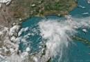 La costa del Golfo se prepara para posibles inundaciones, vientos fuertes y tornados, mientras millones están bajo advertencia de tormenta tropical