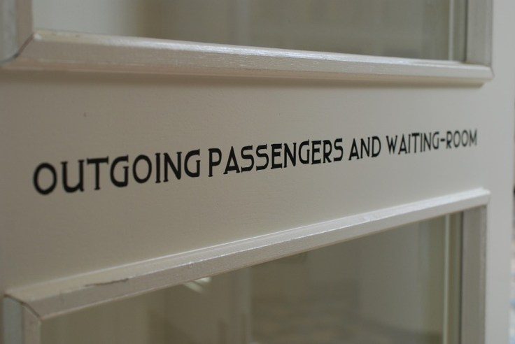 waiting-room-895079_960_720