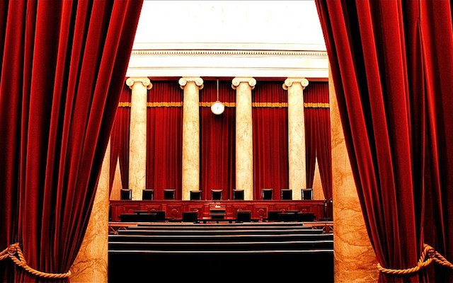 Inside the United States Supreme Court (2011), photo by Phil Roeder (flickr)
