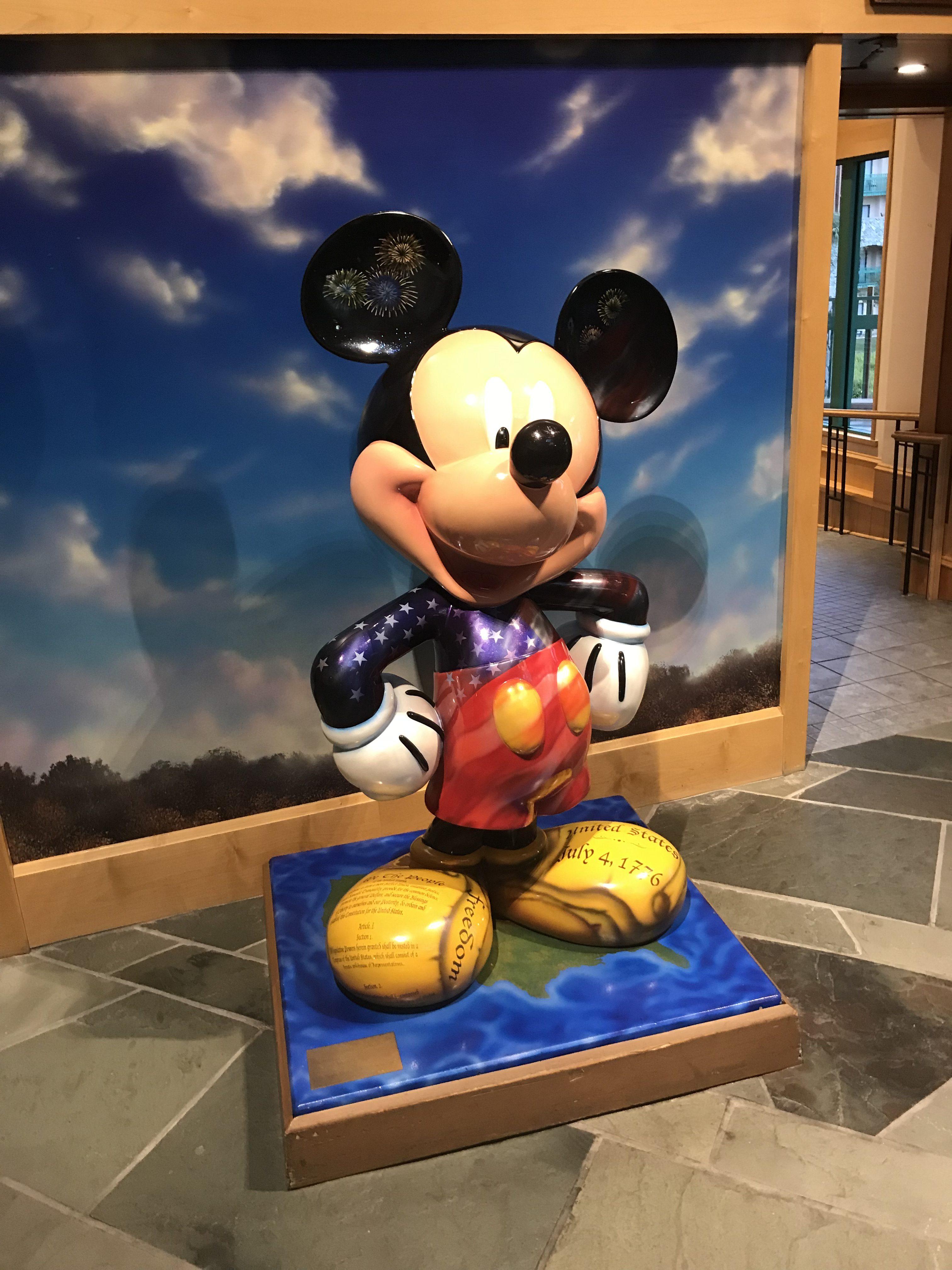 Shades of Green | How Military Vets Save at Walt Disney World