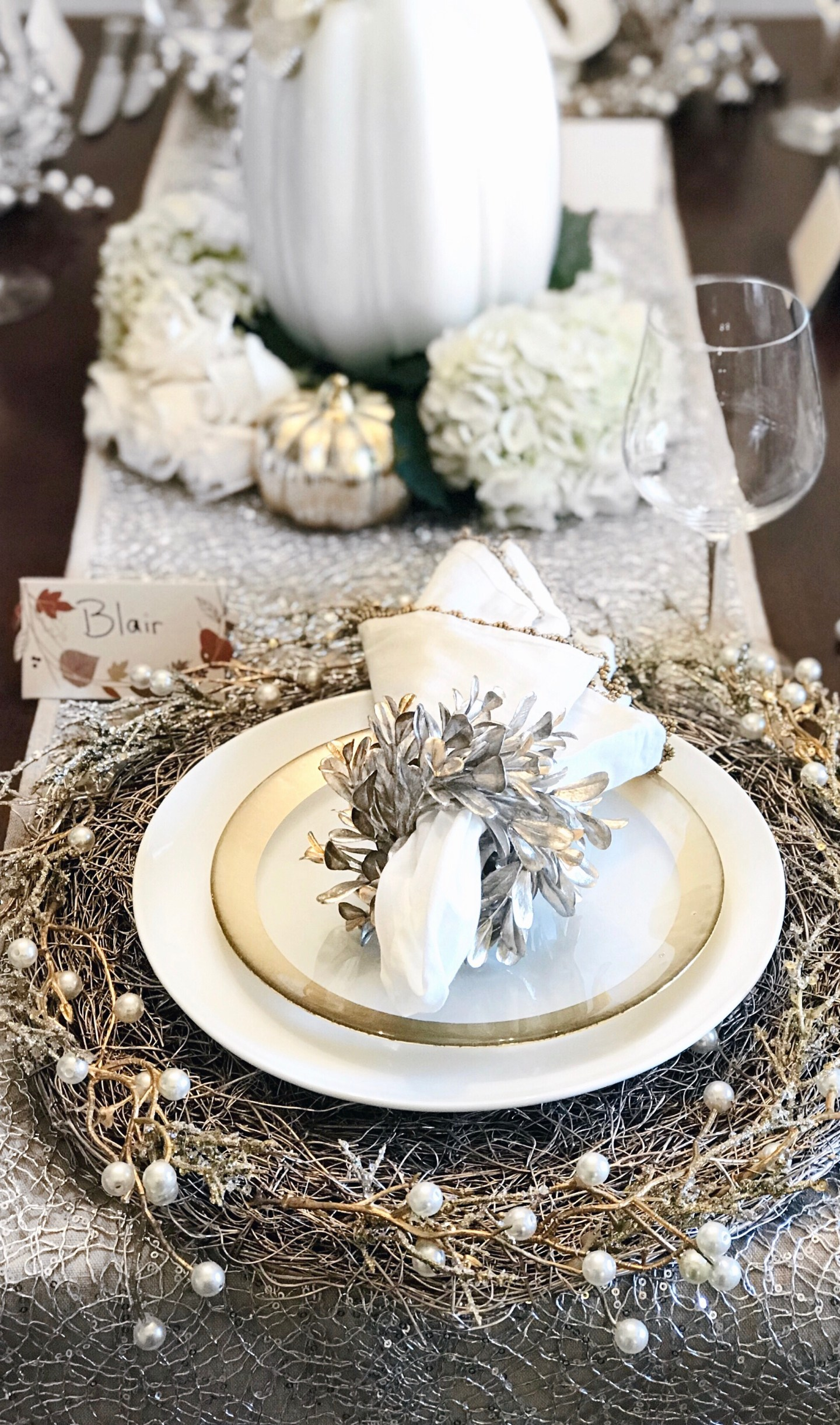 | Thanksgiving Table setting |