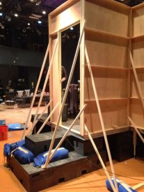 stageProp_011