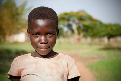 Young girl in Alenga, Ugnada - Note Karacel