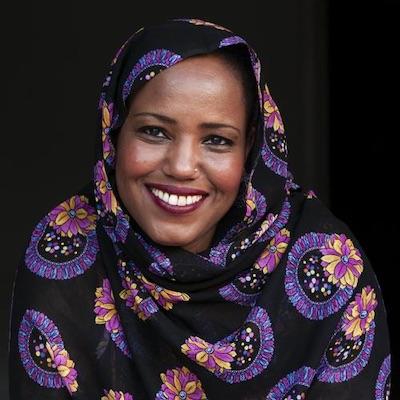 Marruecos veta un concierto en París de la cantante saharaui Aziza Brahim   Periodistas en Español