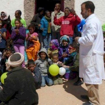 Un proyecto de cooperación de la Universitat mejora las condiciones sanitarias de los campamentos saharauis de Tinduf