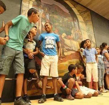 Buscan 60 familias para acoger en verano a niños refugiados saharauis. Deia, Noticias de Bizkaia