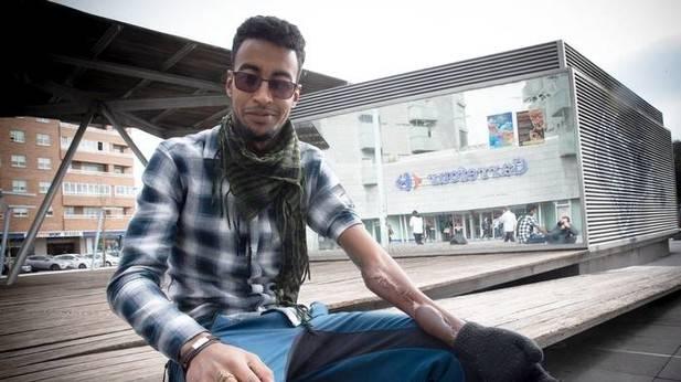 El saharaui que sobrevivió al infierno. Deia, Noticias de Bizkaia
