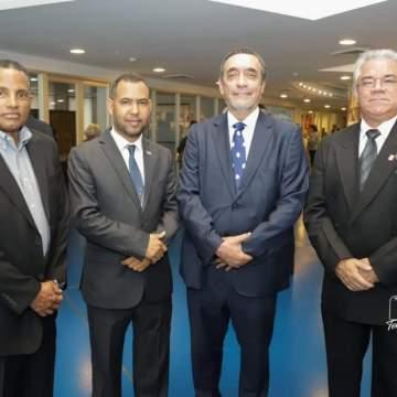 Embajada de la República Árabe Saharaui Democratica  en Panamá presente en la conmemoración de los 236 años del natalicio  del Libertador Simón Bolívar y la celebración del 90 aniversario  de la fundación de la Sociedad Bolivariana de Panamá