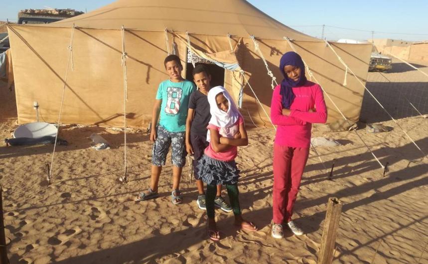 Nostalgia de la playa, la piscina de Valladolid, los columpios… y el Mercadona en el Sahara | El Norte de Castilla