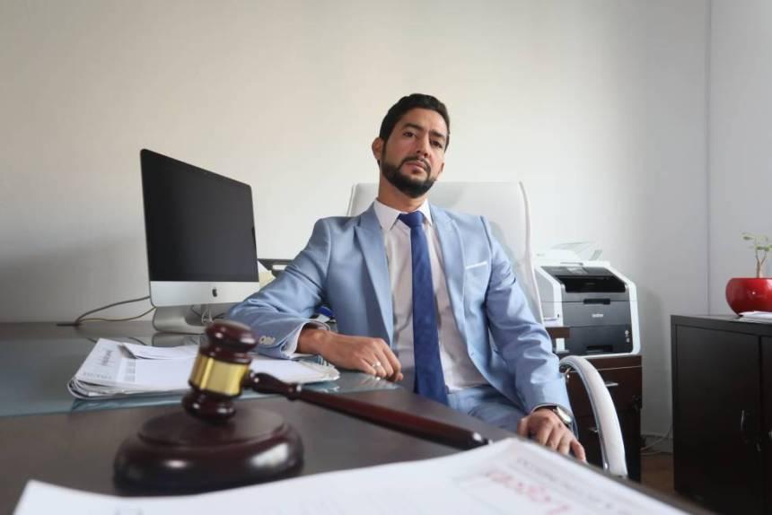 Sidi Talebbuia: Carta a Vox de un abogado saharaui que fue un menor inmigrante de acogida   Madrid   EL PAÍS