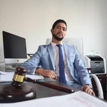 Sidi Talebbuia: Carta a Vox de un abogado saharaui que fue un menor inmigrante de acogida | Madrid | EL PAÍS