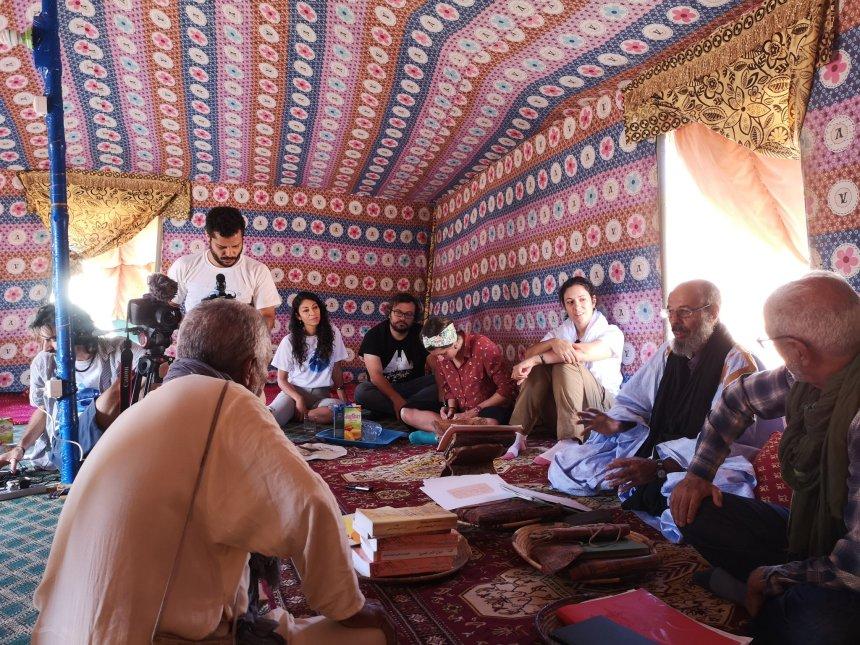 Astrónomos reparten telescopios entre refugiados saharauis en Tinduf