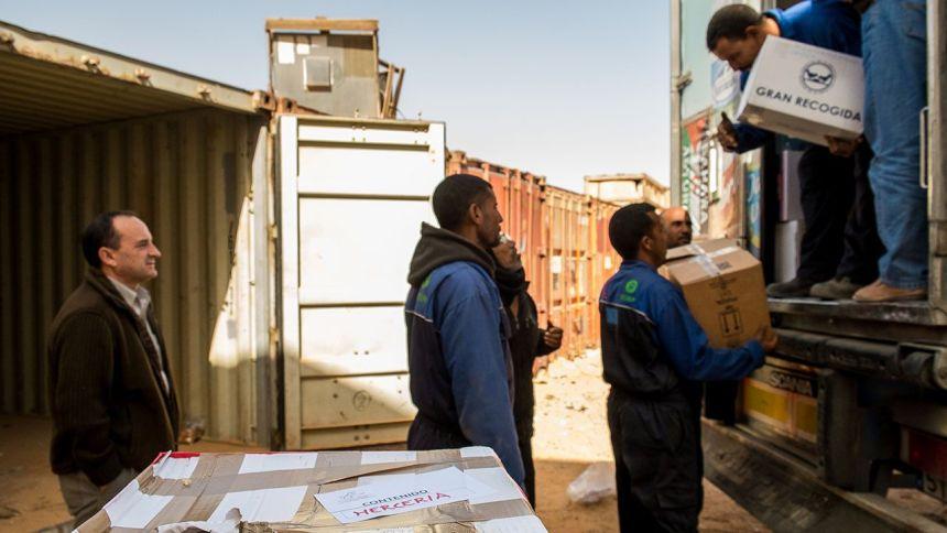 Las familias asturianas desoyen la recomendación del Gobierno y viajarán a los campamentos saharauis