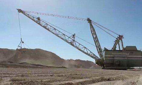 'Blood phosphate' imports from Western Sahara may prompt illegal port strikes – union | Sahara Press Service