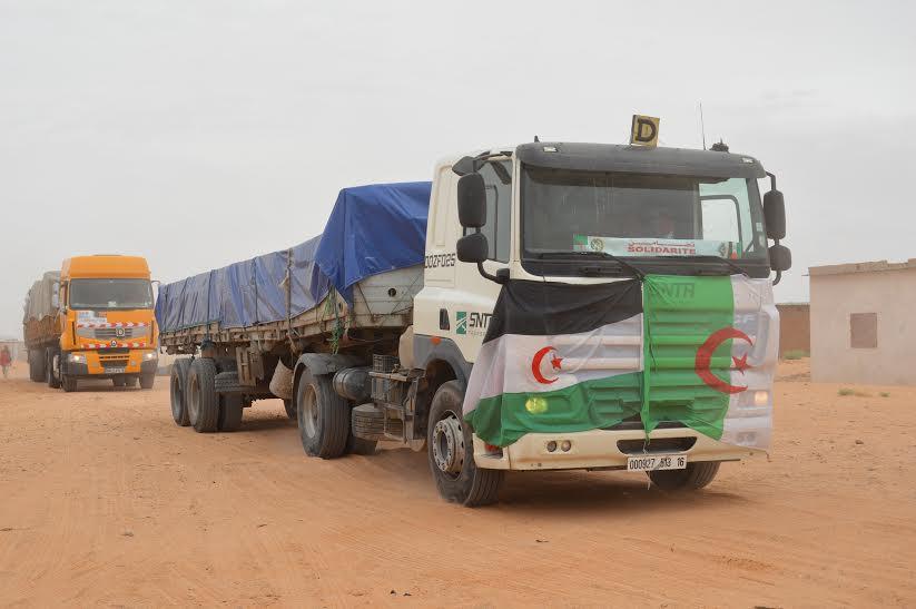 El-Oued -(Algérie)- : départ d'une caravane d'aide humanitaire vers les camps de réfugiés sahraouis | Sahara Press Service