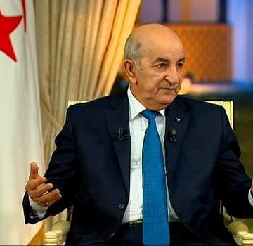El presidente de Argelia no se plantea recurrir a la deuda externa del FMI o bancos extranjeros, para poder mantener la soberanía nacional respecto a cuestiones de política internacional como el Sáhara Occidental o Palestina